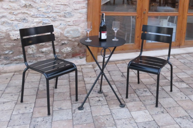 Senat Chair 5220S-BK and 4138S-BK Bistro Table